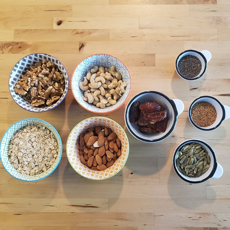 Ingredients for delicious energy bars